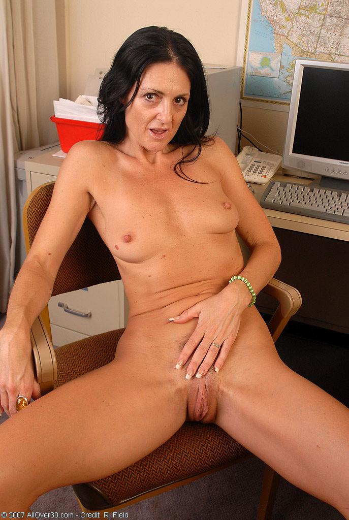 Porn of throat blow job