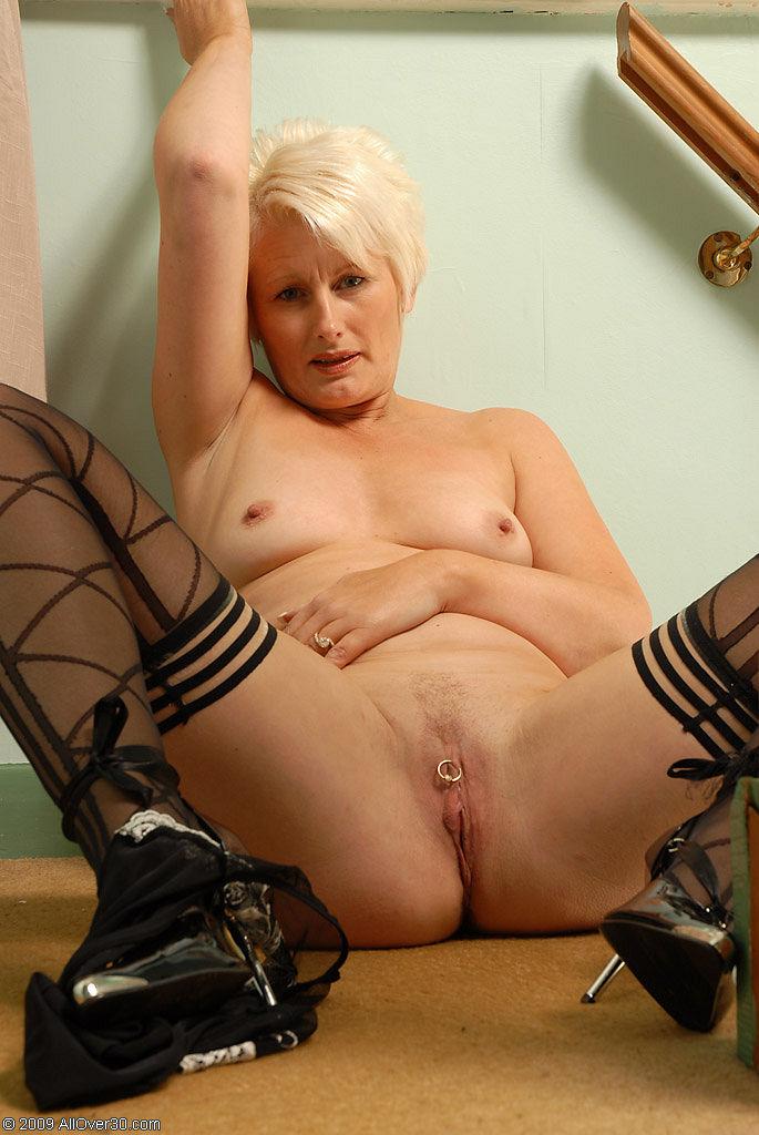 Порно актриса сали