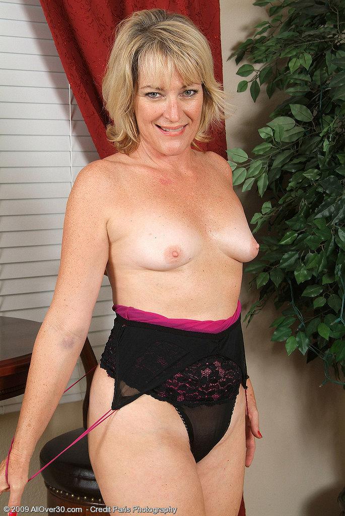 Artistic nude mature women